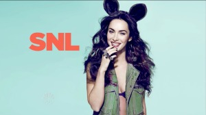 megan-fox-26sept09-snl-006